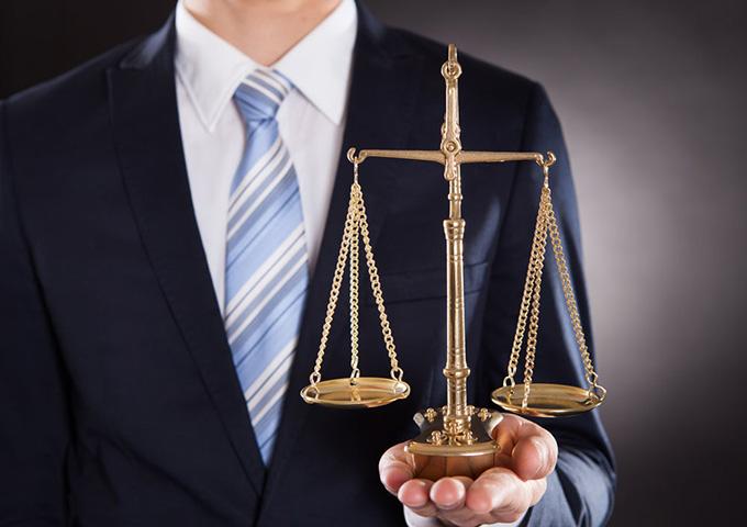 律师不能给当事人胜诉进行承诺