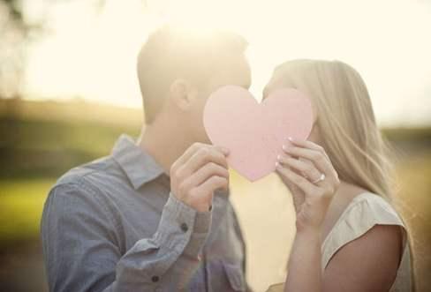 婚内出轨的人需要承担哪些法律责任