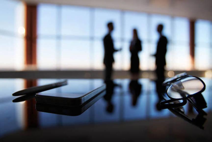 为什么企业要聘请律师担任法律顾问